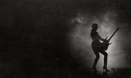 Музыка ее образ жизни стоковая фотография rf