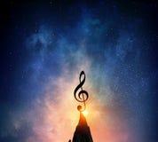 Музыка подписывает внутри темноту Мультимедиа Стоковые Фотографии RF
