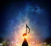 Музыка подписывает внутри темноту Мультимедиа Стоковое Изображение