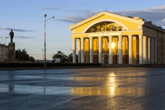 Музыкальный театр в вечере Стоковое фото RF