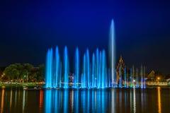 Музыкальный фонтан стоковые фото