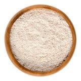 мука Вс-пшеницы, мука wholemeal в деревянном шаре стоковые изображения