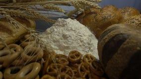 Мука, хлеб и уши пшеницы закрывают HD Стоковая Фотография