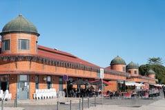 Муниципальные рынки построенные вдоль набережных thr Ria Формозы стоковое фото rf