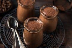 Мусс кофе шоколада в стеклянных опарниках Стоковые Фото