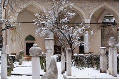 Мусульманское кладбище жертв войны стоковые изображения rf