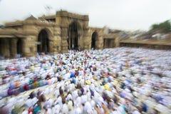 Мусульмане празднуя al-Fitr Eid который отметит конец месяца Рамазана Стоковая Фотография RF