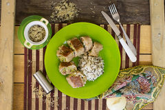 мудрая телятина saltimbocca стоковое фото