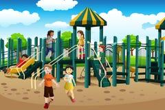Мульти-этнические дети играя в спортивной площадке иллюстрация штока