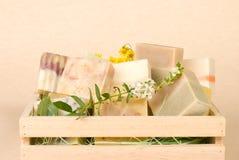 мыло группы коробки handmade деревянное Стоковые Фотографии RF