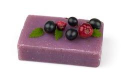 Мыло с ягодами Стоковое Фото