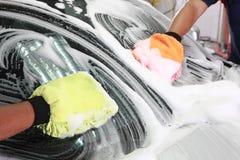 мытье автомобиля детализируя Стоковые Изображения RF