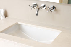 мытье руки тазика Стоковое Фото