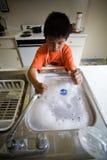 мыть тарелок Стоковая Фотография RF