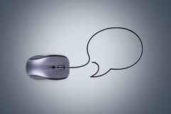 Мышь компьютера с пузырем речи Стоковое Изображение RF