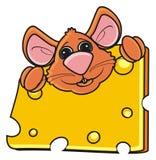 Мышь обнимая one piece сыра Стоковые Фотографии RF