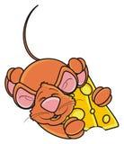 Мышь спать и обнимая one piece сыра Стоковые Изображения RF