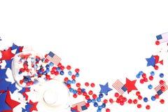Мы День независимости, 4-ое июля, День памяти погибших в войнах, патриотизм и ветераны, праздник страны, флаги и swezy стоковые изображения