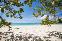 МЬЯНМА - 11-ОЕ ЯНВАРЯ 2016: Остров Fook животиков остров красивый Стоковое Фото