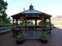 Мэр Томас m Газебо общины Menino, площадь здание муниципалитета, Бостон, Массачусетс стоковые изображения rf