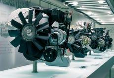 Мюнхен, Германия - 10-ое марта 2016: Двигатель автомобиля в музее BMW Стоковые Фотографии RF