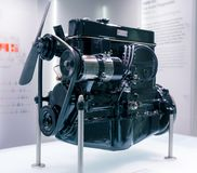Мюнхен, Германия - 10-ое марта 2016: Двигатель автомобиля в музее BMW Стоковые Фото