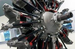 Мюнхен, Германия - 10-ое марта 2016: Плоский двигатель в музее BMW Стоковые Фотографии RF