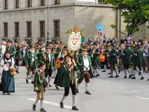 Мюнхен, Германия - 22-ое сентября 2013 Oktoberfest, парад охотники стоковые изображения