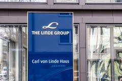 Мюнхен, Германия - 16-ое февраля 2018: Группа Линде поставщик мира ведущий промышленного, отростчатого и специальности Стоковое Изображение RF