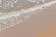 Мягкая волна голубого океана на seashore Таиланда Стоковое Изображение