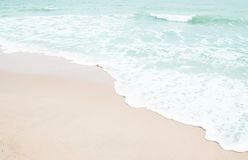Мягкая волна пляжа Стоковые Фото