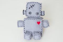 Мягкая игрушка робота на белизне Стоковые Изображения
