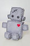 Мягкая игрушка робота на белизне Стоковое Изображение RF