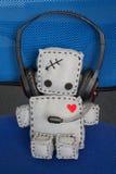 Мягкая сиротливая игрушка робота Стоковые Фотографии RF