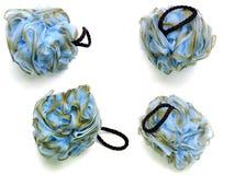 Мягкие голубые слойка или губка ванны на белой предпосылке; Стоковое Изображение
