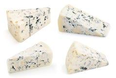 Мягкий голубой сыр при прессформа изолированная на белизне Стоковая Фотография RF