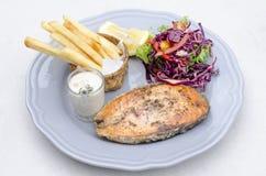 Мягкий фокус и яркий стейк рыб Стоковое Изображение RF