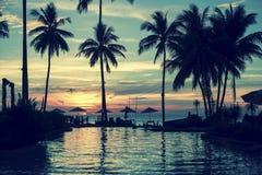 Мягкое сумерк на пляже изумительного океана тропическом Природа Стоковые Изображения RF