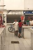 Мясник в Mercado Ignacio Манюэле Altamirano, Chetumal, Мексике Стоковые Изображения RF