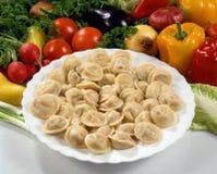 мясо вареников тарелки Стоковая Фотография RF