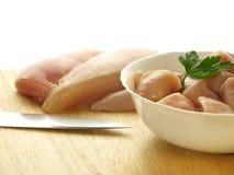мясо изолированное цыпленком uncooked стоковые изображения