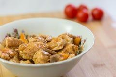 Мясо и овощи на блюде Стоковое Фото