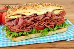 Мясо пастромы и сандвич салата Стоковая Фотография
