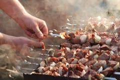 мясо пожара подготовляет ломтики Стоковая Фотография RF
