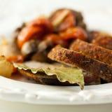 мясо тарелки деревенское Стоковая Фотография