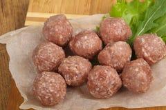 мясо шариков сырцовое стоковое фото rf
