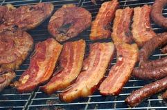 мясо bbq стоковые изображения rf