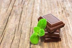 мята листьев шоколада темная свежая Стоковые Фотографии RF
