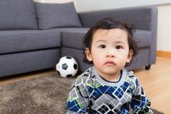 Младенец Азии чувствуя несчастный Стоковая Фотография