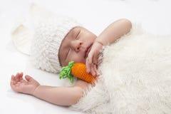 Младенец в костюме зайца Стоковое Фото